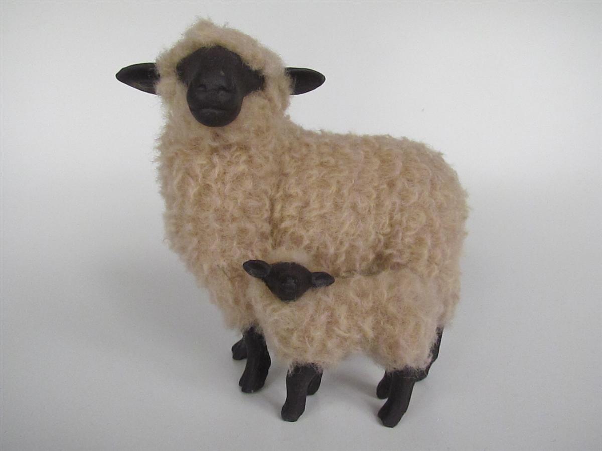 Oxford Ewe With Lamb