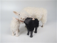 Colin's Creatures Sheep Figurines Galway Ewe Cheek to Cheek