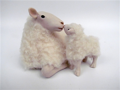 Colin's Creatures Sheep Sculptures, Norsk Kvit Sau Lying Ewe with Lamb