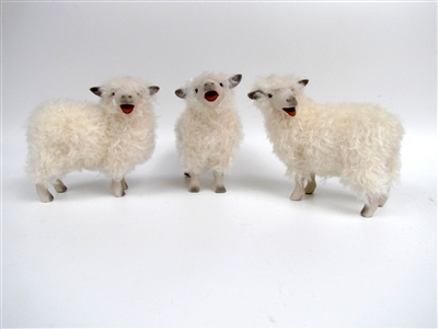Colin's Creatures Sheep Sculpture, Cotswold Baaing Flock